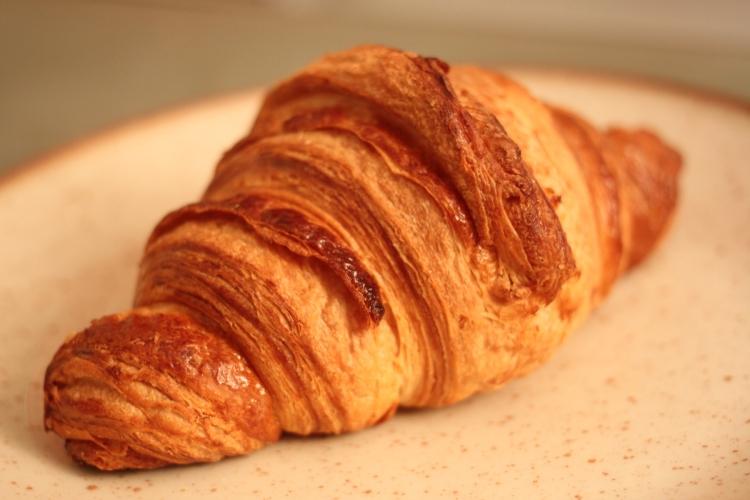 Croissant from Des Gâteaux et du Pain