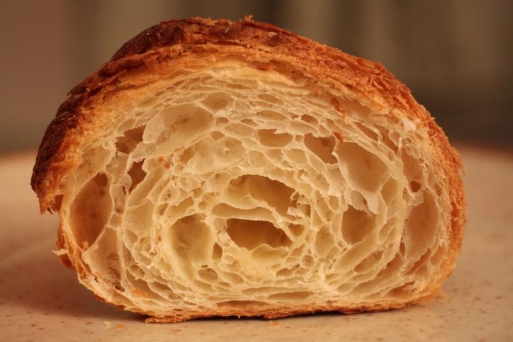 Cross-section of croissant from Des Gâteaux et du Pain.
